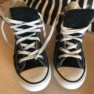 Preloved Black Converse High Tops